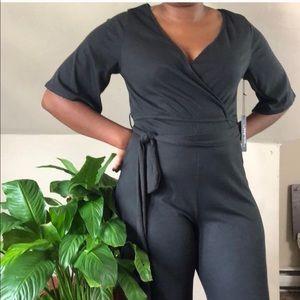 Haute Monde  Quarter length sleeve jumpsuit